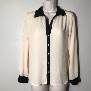 Forever 21 button down long sleeve blouse